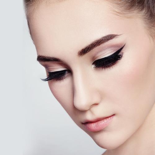 07_AirBrush-Abend-Gala-Make-Up